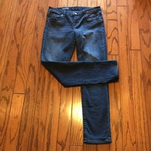 Kut From The Kloth Straight Leg Size 6 Jeans